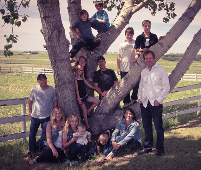 A picture of the whole family on Sage Creek Farms.